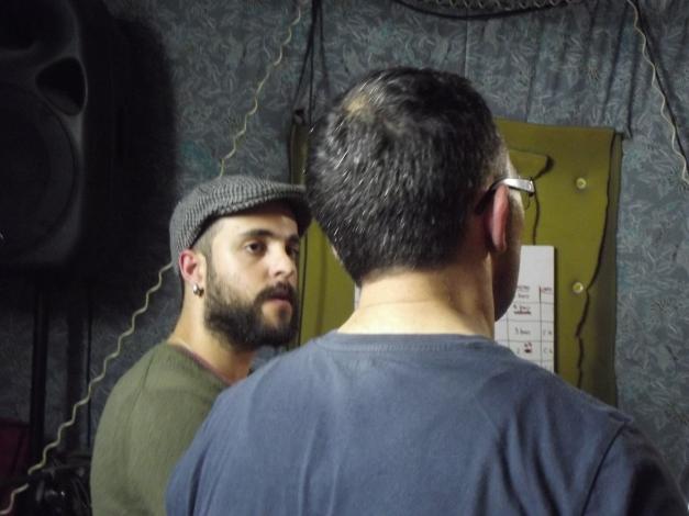 Robert Farrugia Flores u Adrian Grima fil-garaxx waqt il-provi għat-tnedija ta' Għera. (24.4.14)